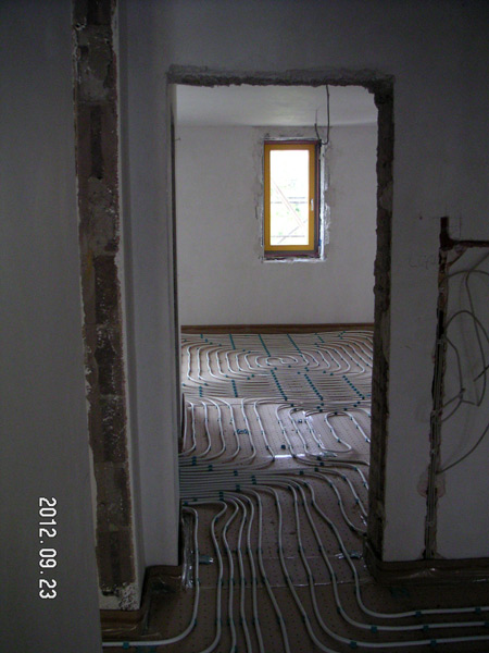 http://www.architektur.ar2com.de/files/gimgs/35_120923ar2combecegdurchblick-ost-west.jpg